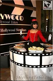 """Old Hollywood Strolling Table """"Such a fun idea for a big party"""" SC **Film Reel table decor Old Hollywood Prom, Old Hollywood Theme, Hollywood Night, Hollywood Theme Party Outfit, Hollywood Party Decorations, Deco Theme Cinema, Cinema Party, Prom Themes, Movie Themes"""