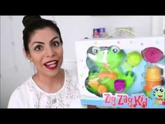 Our friend and vlogger Fabi shows everyone how cute our Frog Bath Toy is! BUY NOW: http://www.amazon.com/dp/B00UH91J68