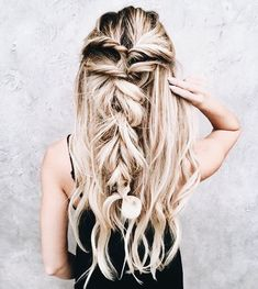 7 Back to Fall Hair Styles Messy Hairstyles, Pretty Hairstyles, Wedding Hairstyles, Hairstyles 2018, Everyday Hairstyles, Coiffure Hair, Corte Y Color, Pinterest Hair, Great Hair
