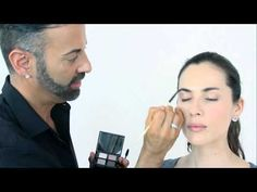 Tutorial Smokey Nudes con Bobbi Brown   The Beauty Effect - YouTube