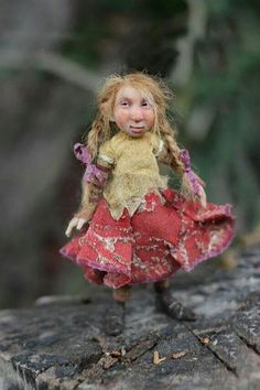 OOAK miniature artdoll by Tatjana Raum by chopoli on Etsy Magical Creatures, Fantasy Creatures, Kobold, Marionette, Elves And Fairies, Dragons, Polymer Clay Dolls, Fairy Art, Fairy Dolls