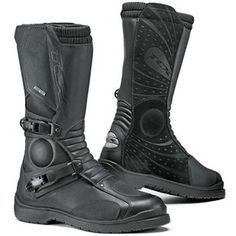 TCX Infinity Gore-Tex Boots - Black from the UK s leading online bike  store. Free UK delivery over and easy returns on our range of over products. c669843466f