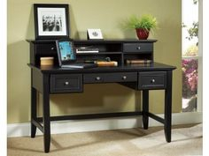 Bedford Black Executive Desk and Hutch Model #: 5531-152