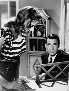 Cary Grant, Vintage Hollywood, Classic Hollywood, Swedish Actresses, Ingrid Bergman, Humphrey Bogart, Alfred Hitchcock, Best Actress, Classic Movies