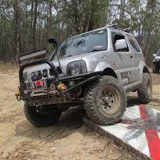 Resultado de imagen para suzuki jimny off road parts Suzuki Jimny Off Road, Jimny 4x4, Off Road Parts, Grand Vitara, Samurai, Monster Trucks, Vehicles, Gypsy, Cars