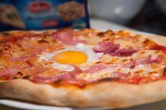 Pizza jambon oeuf