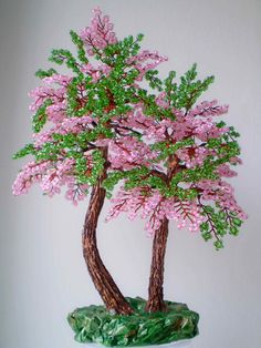 pretty pink and green beaded tree French Beaded Flowers, Wire Flowers, Victorian Flowers, Wire Crafts, Bead Crafts, Felt Flowers Patterns, Seed Bead Art, Tree Of Life Art, Wire Tree Sculpture
