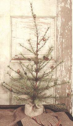 Tabletop tree (christmastreehill)