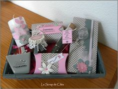 Un panier gourmand en gris et rose Mini Albums Scrap, Pillow Box, Gift Baskets, Home Deco, Packaging, Wedding Planning, Gift Wrapping, Crafts, Scrapbooking