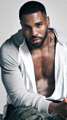 Jason Derulo. The feminist in me doesn't like him because of his objectification of women however the chemicals in my body scream talk dirty to me