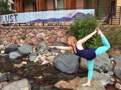 gioconda parker wearing hyde yoga seafoam wren leggings & navy otm halter at @wanderlustfest squaw valley   www.yogahyde.com #hydeyoga #Wanderlust2015 #WanderlustFestival