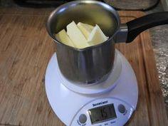 Ψαγμένα Τσουρέκια! συνταγή από Athina - Cookpad Cooking Recipes, Kitchen Appliances, Sweets, Food, Birds, Diy Kitchen Appliances, Home Appliances, Gummi Candy, Chef Recipes