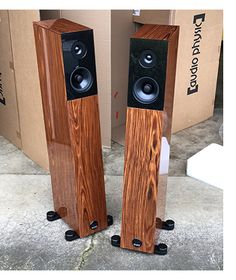 High End Audio Equipment For Sale Audiophile Speakers, Hifi Audio, Equipment For Sale, Audio Equipment, Room Acoustics, Big Speakers, Speaker Design, High End Audio, Home Cinemas