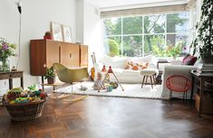 Living With Kids Home Tour featuring Esther van de Paal of Babyccino.