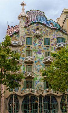 Casa Batllo, Barcelona (by David Clay) (All things Europe)