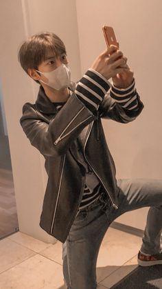 Christian Boyfriend, Nct Doyoung, Lil Boy, Asian Babies, Kpop Aesthetic, Boyfriend Material, Jaehyun, Nct Dream, Nct 127