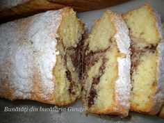 Romanian Food, Desert Recipes, Sweet Bread, Banana Bread, Ale, Sweet Tooth, Muffins, Good Food, Food And Drink