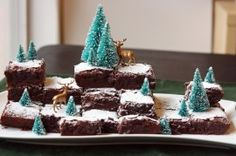 what a cute way to display your Brownies and Bars