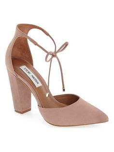 Steve Madden pamperd lace-up pump