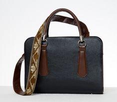 Design your handbag online today using Flagship Handbags' online handbag creation tool. This allows you to design your own handbag online - enjoy creating! Leather Handbags, Shoulder Bag, Leather Totes, Shoulder Bags, Leather Bags, Satchel Bag