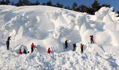 Funny pictures about Awesome Snow Horses. Oh, and cool pics about Awesome Snow Horses. Also, Awesome Snow Horses. Four Horses, Wild Horses, Changchun, Snow Sculptures, Animal Sculptures, Snow Art, Horse Sculpture, Sculpture Ideas, Amazing Pics