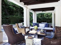 The outdoor entertaining zone has become an extension of the indoor living area. Here are my tips for creating the ultimate outdoor entertaining space.