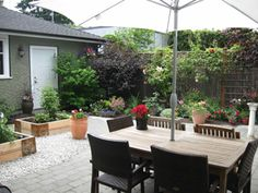 Backyard Landscaping Idea: Install Paver or Flagstone Patio Flagstone Patio, Concrete Pavers, Backyard Patio, Backyard Landscaping, Diy Paver, Outdoor Rooms, Outdoor Decor, Help The Environment, Save The Planet