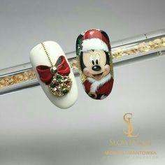 ideas for fails art disney christmas Nail Art Noel, Xmas Nail Art, Xmas Nails, Christmas Nail Art Designs, Holiday Nails, Fun Nails, Christmas Ideas, Nail Art Minnie, Nail Art Disney