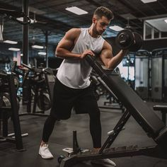 Exercise is any bodily activity that enhances or maintains physical fitness and overall health and wellness. Fitness Man, Fitness Fashion, Gym Outfit Men, Gym Guys, Gym Photos, Gym Trainer, Gym Quote, Workout Pictures, Gym Style