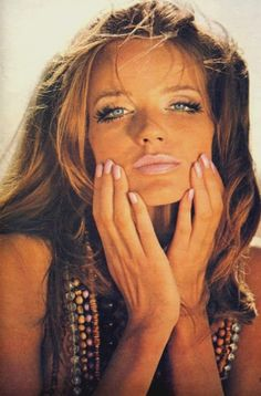 Veruschka,1970's  eye make-up and fake eyelashes <3