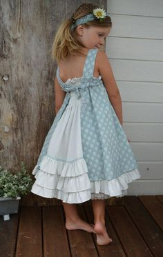 Children's summer dresses (traffic) / For children / In .- Детские летние платья (трафик) / Для детей / В… Children's summer dresses (traffic) / For children / SECOND STREET - Dresses For Tweens, Little Girl Outfits, Little Girl Fashion, Little Girl Dresses, Baby Outfits, Fashion Kids, Kids Outfits, Girls Dresses, Fashion Sewing