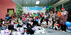 Great Cloth Diaper Change covered in the Huffington Post - - including photos from a bunch of events around the world (such as this one in Malaysia at MIDNIGHT local time!)!