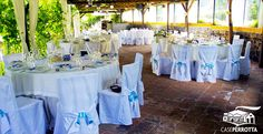 Allestimento gazebo per ricevimento nozze - tavoli rotondi con ortensie