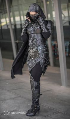 Silence - Nightingale Armour cosplay by Soylent-cosplay Skyrim Cosplay, Armor Cosplay, Cosplay Outfits, Cosplay Girls, Rihanna Swag, Armadura Medieval, Amazing Cosplay, Fantasy Dress, Halloween Kostüm