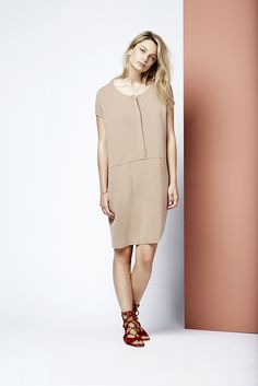 An O-shaped dress also known as the Tomomi dress.    Fashion // clothing // woman // inspiration // www.dante6.com