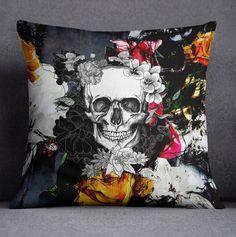 Lightweight Abstract Flower and Skull Duvet Cover por InkandRags