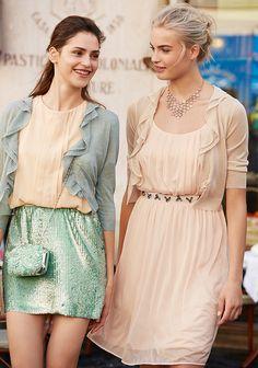 As light as powder! #dresses #Benetton #woman #summer15 world.benetton.com/magazine/this-week/summer-roses/