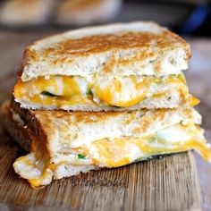 This has all of the fixins of a jalapeno popper in grilled cheese form!