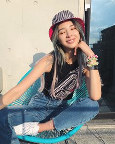 Dropping my gingham fanny pack & bucket hat this friday.oh yeah and the hat is reversible 😘💖💕💗🦄 Outfits With Hats, Cute Outfits, Bucket Hat Outfit, Irene Kim, Korean Women, Asian Fashion, Fashion Outfits, Outfit Winter, Outfit Summer
