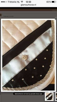 Sadle pad  handmade and design by Glamourhorze.nl