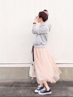 陽さんの「・ラメプリーツスカート(Green Parks グリーンパークス)」を使ったコーディネート Japan Fashion, Work Fashion, Smart Casual Wear, Asian Street Style, Beautiful Dresses, Casual Outfits, Ballet Skirt, Style Inspiration, Green Parks