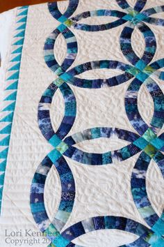 Double Wedding Ring Quilting FREE tutorial available Lori Kennedy The Inbox Jaunt
