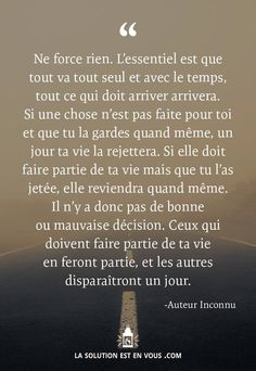 Pensée positive - UN HOMME HEUREUX ......? Cat Quotes, Words Quotes, Love Quotes, Inspirational Quotes, Positive Mind, Positive Attitude, Positive Quotes, French Quotes, Some Words