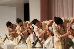Der ultimative Schönheitswettbewerb: 2005 setzte sich #Shiseido das Ziel ein zu 100 % kundenorientiertes Unternehmen zu werden. Vor diesem Hintergrund wurde der Global Beauty Consultant Contest kreiert. Diese Veranstaltung gibt den Shiseido Beauty Consultants die Möglichkeit, die Bedürfnisse und das Potenzial jedes einzelnen Kunden zu erkennen und so einen persönlichen Mehrwert zu schaffen.