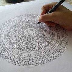 something new . #mandala #mandalala #mandalamaze #beautiful_mandalas #mandalaart #zentanglemandalalove #zentangle #pattern #simetry #arts_help #doodle #draw #drawing #sketch #art #artwork #worldofpencils #worldofartists #artist #blxckmandalas #blvart