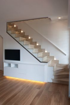 Home Stairs Design, Railing Design, Interior Stairs, Staircase Storage, House Staircase, Loft Conversion Stairs, Stairs In Living Room, Mini Loft, Stair Walls