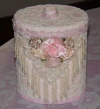 Shabby chic tin