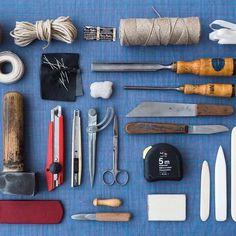 Powertools! Grüsse aus dem handwerklichen Atelier 💪🏻🔨📜📚 #buchbinderei… Photo And Video, Videos, Instagram, Atelier, Book Binding, Video Clip