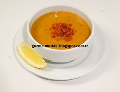 Mercimek Çorbası Red lentil soup with onions, carrots, and paprika. The ultimate hardy soup, with the parika and lemon adding a little kick to an otherwise creamy and filling bowl of happiness. Soup Recipes, Cooking Recipes, Red Lentil Soup, Middle Eastern Recipes, Arabic Food, Turkish Recipes, International Recipes, Soups And Stews, Lentils