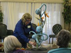 Penny Decker Creating a Design in the FFGC Floral Design Unit 7